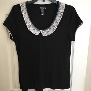 HOT TOPIC LACE TOP